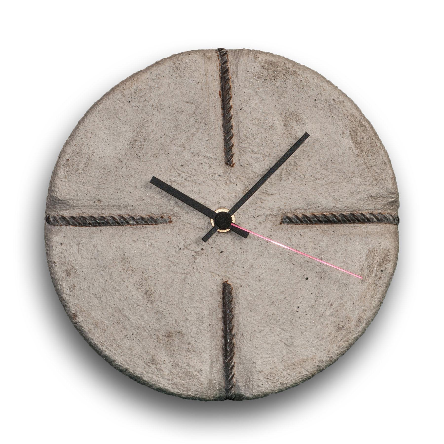 orologio in cemento cheese